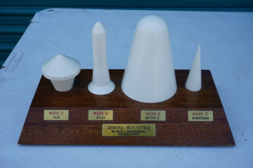 General Electric IRBM Missile Nose Cone Contractor Model Mark Thor Atlas Titan