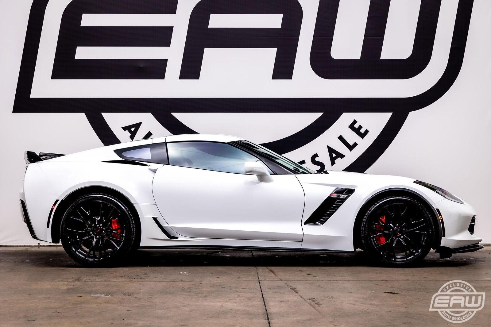 2016 White Chevrolet Corvette Z06 3LZ | C7 Corvette Photo 9