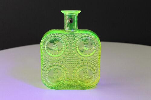 """Riihimaen Lasi Finland Nann Still Design Uranium Glass """"Grapponia"""" Pullo Bottle"""