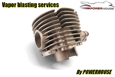 <em>YAMAHA</em> XS500 VAPOUR BLASTING SERVICES CLUTCH ENGINE COVER CASING AQUA