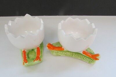 Vintage Set of 2 Ceramic Egg Holders With Duck / Chicken Feet Cracked Egg Look