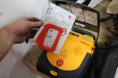 Medronic LIFEPAK CR Plus AED