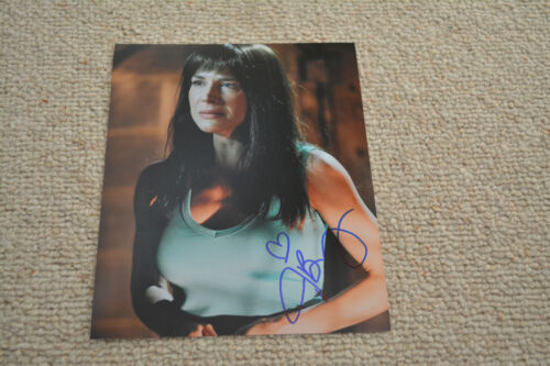 JULIE BENZ signed autograph 8x10 20x25 cm  In Person SAW