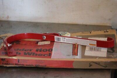 Qual-craft Ladder Hook Wwheel