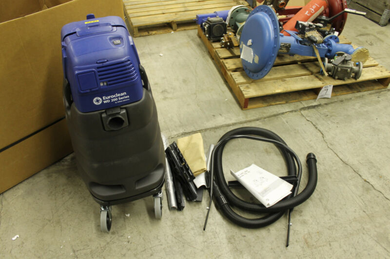 NEW NILFISK ADVANCE EUROCLEAN WD 200 VACUUM