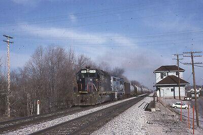 CSX GP40 B&O BLUE 6581 PASSING NEWTON FALLS DEPOT  ACTION    Original Slide