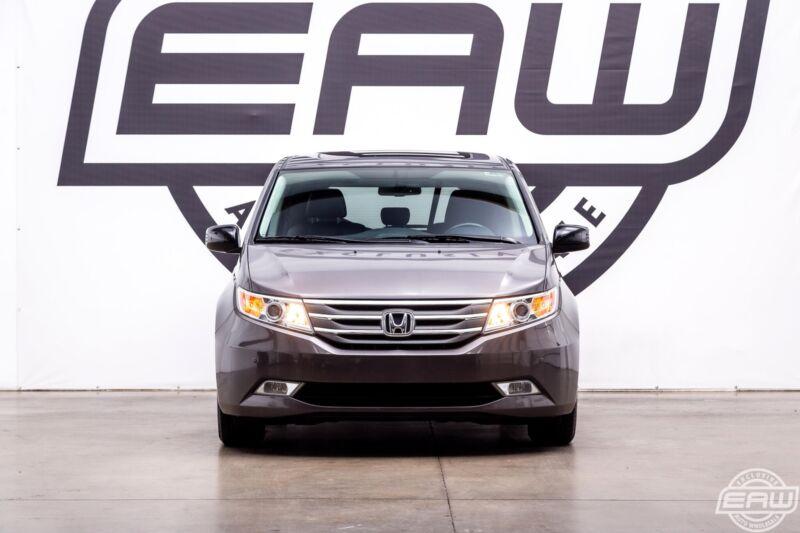 Image 6 Voiture Asiatique d'occasion Honda Odyssey 2013