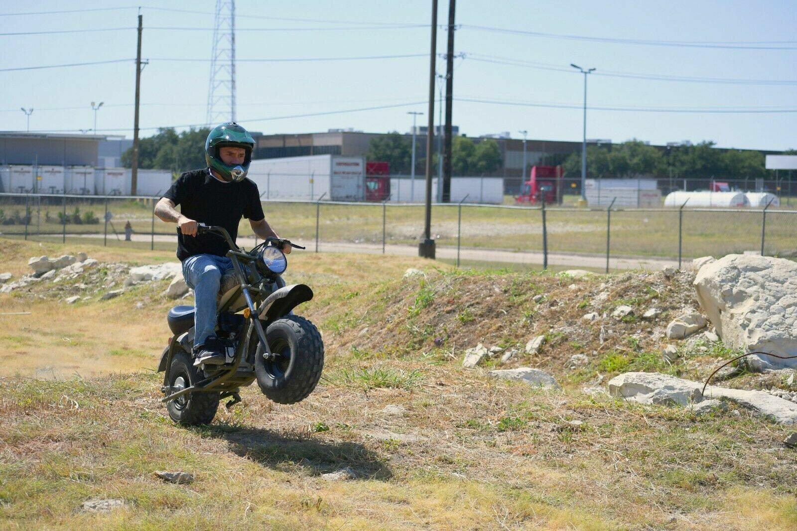 MASSIMO MB200 SUPERSIZED 196cc MINI BIKE - Motorcycle Outdoo