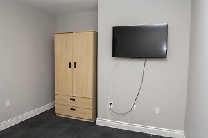 Shared Student Apts in Downtown London - ALL INCLUSIVE + WIFI London Ontario image 8