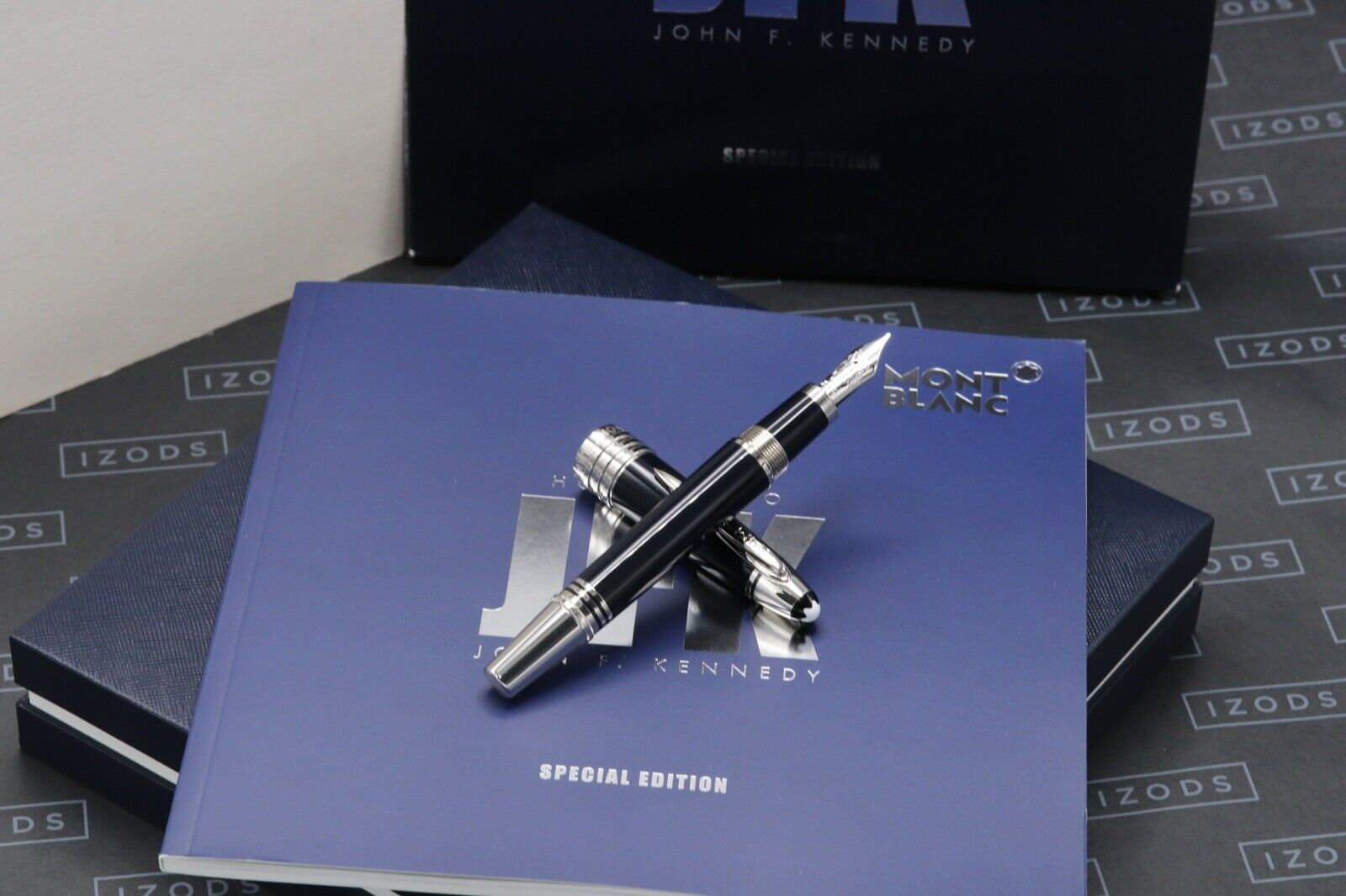 Montblanc Great Characters JFK Blue Special Edition Fountain Pen - UNUSED