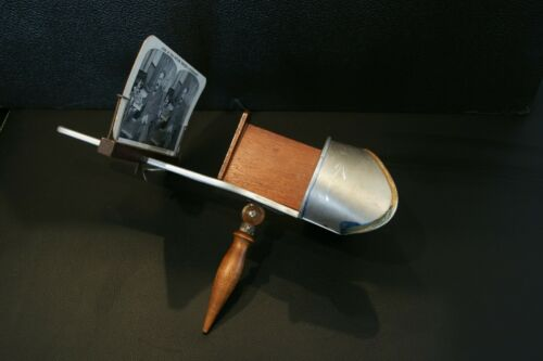 The Perfecscope Stereoscope Viewer, H.C. White Exposition Universelle Internatio