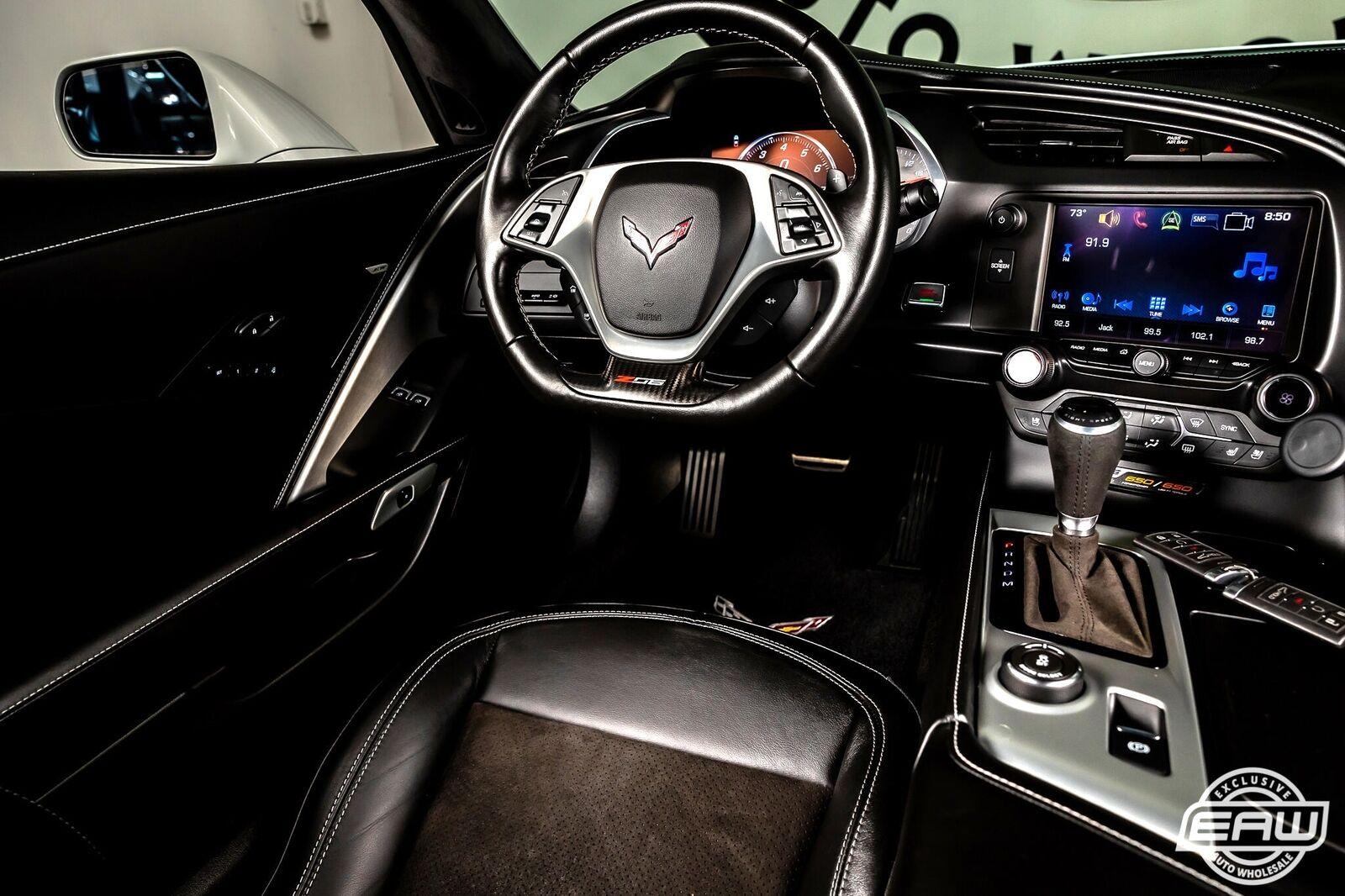 2016 White Chevrolet Corvette Z06 3LZ | C7 Corvette Photo 7