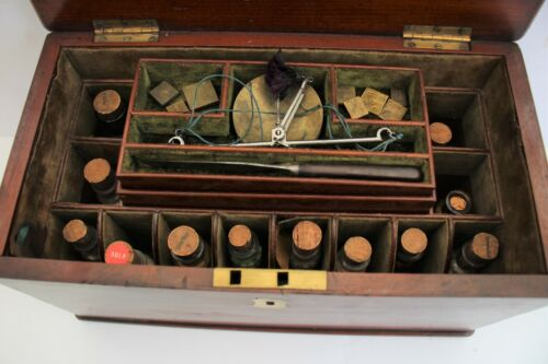 ANTIQUE APOTHECARY HOMEOPATHIC BOX AND CONTENTS