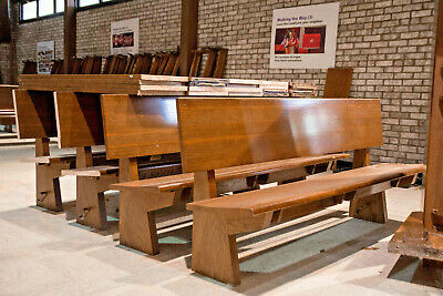 Midcentury Modern Solid Oak Pew Bench, 6.5 Feet Long, Church Salvage, Virginia Modern Oak Bench