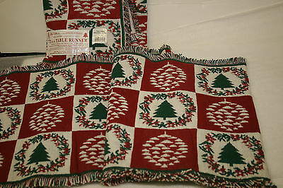 PARK B SMITH 72 INCH TABLE RUNNER 100% COTTON CHRISTMAS GARLAND DESIGN  2  count - Garland Table Runner