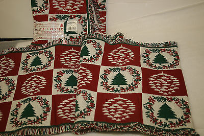 PARK B SMITH 72 INCH TABLE RUNNER 100% COTTON CHRISTMAS GARL