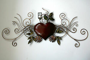 Metal Wall Art Decor Picture   HEART SCROLL Design *New* Boxed