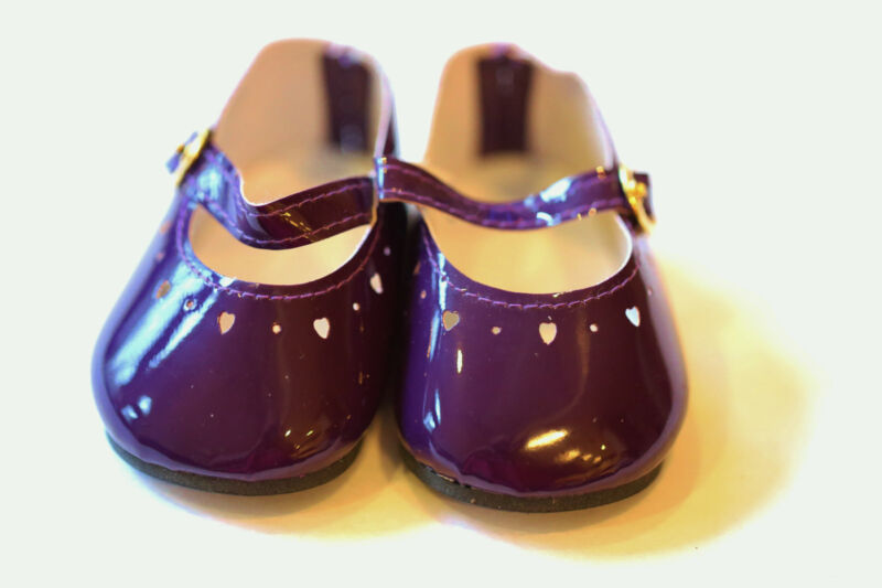 """Dark Purple Patent Leather Heartcut Shoes to fit 22"""" Dolls, 85mm / 44mm, New"""