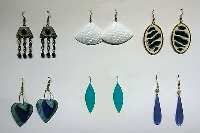 Group Of 6 Costumes (Group of 6 vintage earrings)