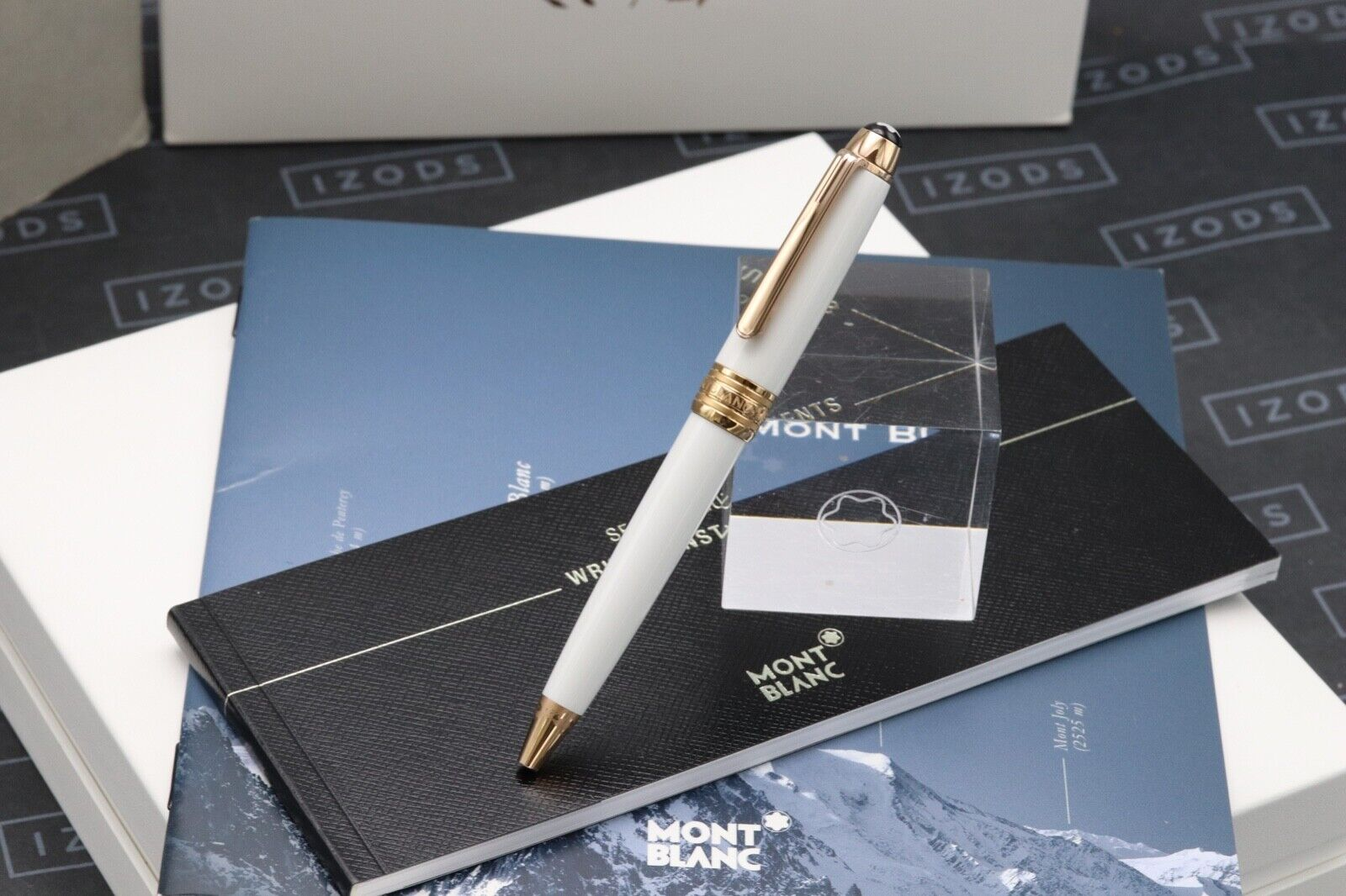 Montblanc Meisterstuck Mozart Tribute Red Gold Solitaire Ballpoint Pen - UNUSED 1