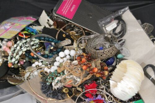 Fashion & Costume JEWELRY GRAB BAG OVER 4 LBS!!! ALL PROCEEDS GO TO CHARITY!!!