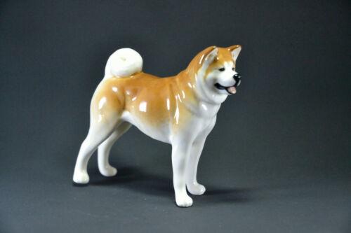 Statuette made of porcelain dog Akita Inu