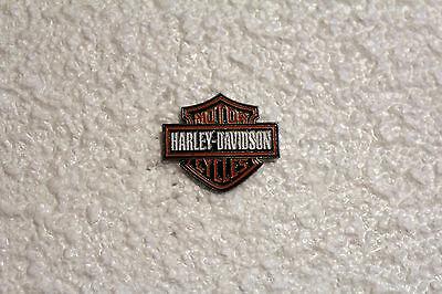 HARLEY DAVIDSON COLLECTORS BIKE PIN BADGE NEW
