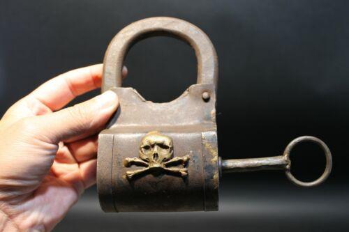 Antique Vintage Style Wrought Iron Trunk Pirate Chest Lock Key Padlock Crossbone
