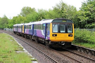 142011+142034 Arriva Rail North 6x4 Quality British Rail Photo