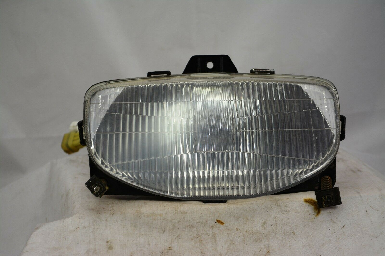 98 Yamaha SRX 700B HEADLIGHT UNIT ASSY 8CR-84310-00-00