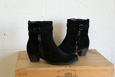 BLACK SUEDE ANKLE MID HEEL CHELSEA BOOTS SIZE 7.5 BY KENNEL & SCHMENGER USED CON