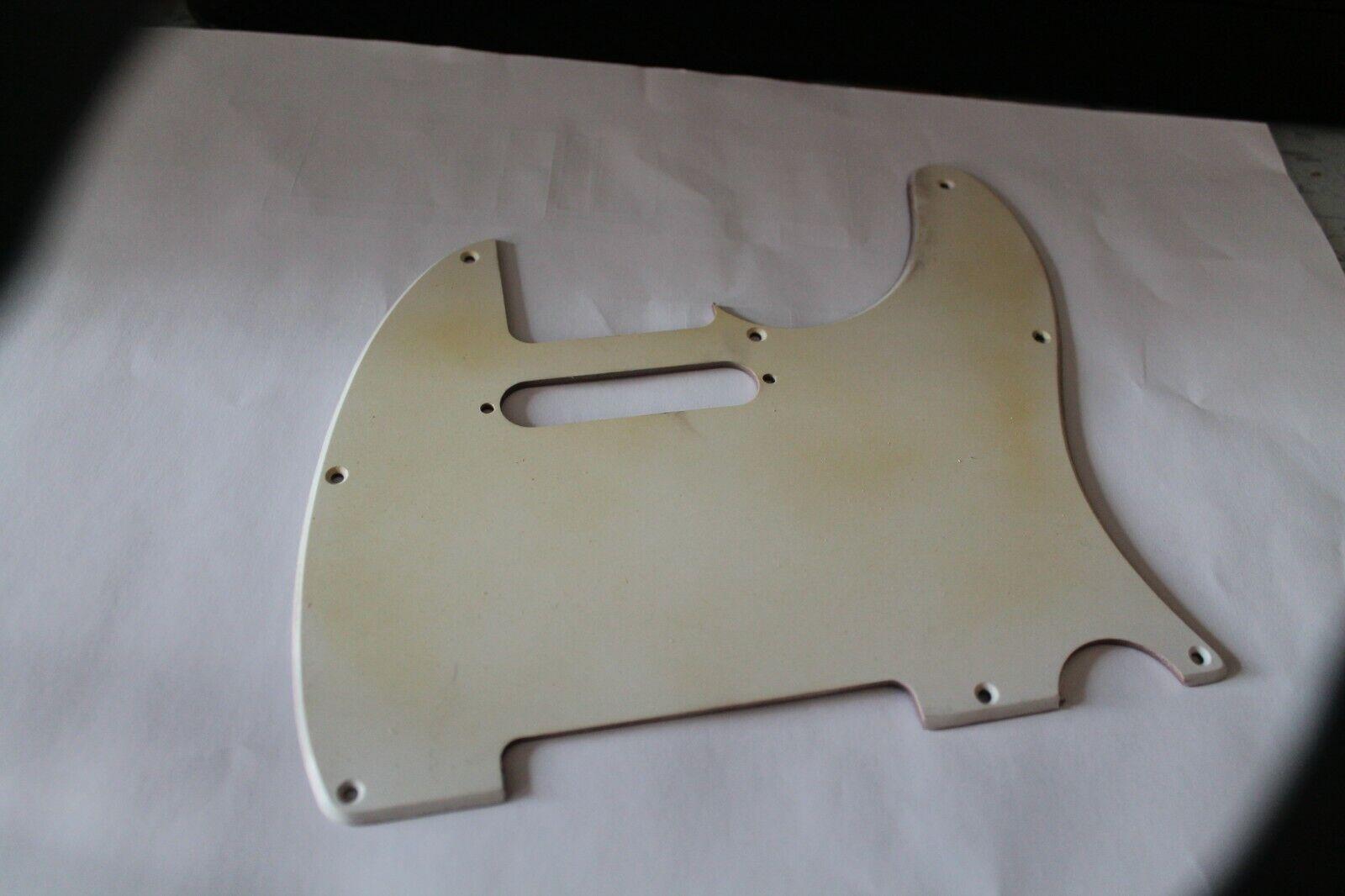 Pickguard Rohling Platte dreilagig sw creme sw ca 290 x 225 x 2,4 mm stark