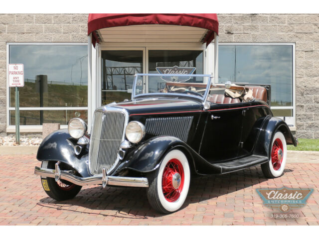 Ford : Other Roadster Flathead V8 and a rumble seat too. This Henry Ford Black beauty is ready for fun