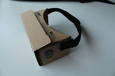 Nur ein paar vorgestanzte Pappteile, Klettband und Linsen braucht Ihr für das Google-Cardboard