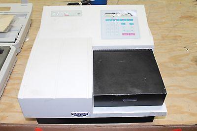 Bio-tek El808 Microplate Reader Working