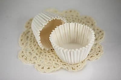 Paper Cupcake Baking Cups (100x, 2.25'' Paper Cupcake Muffin Liners, Baking Cups, White,)