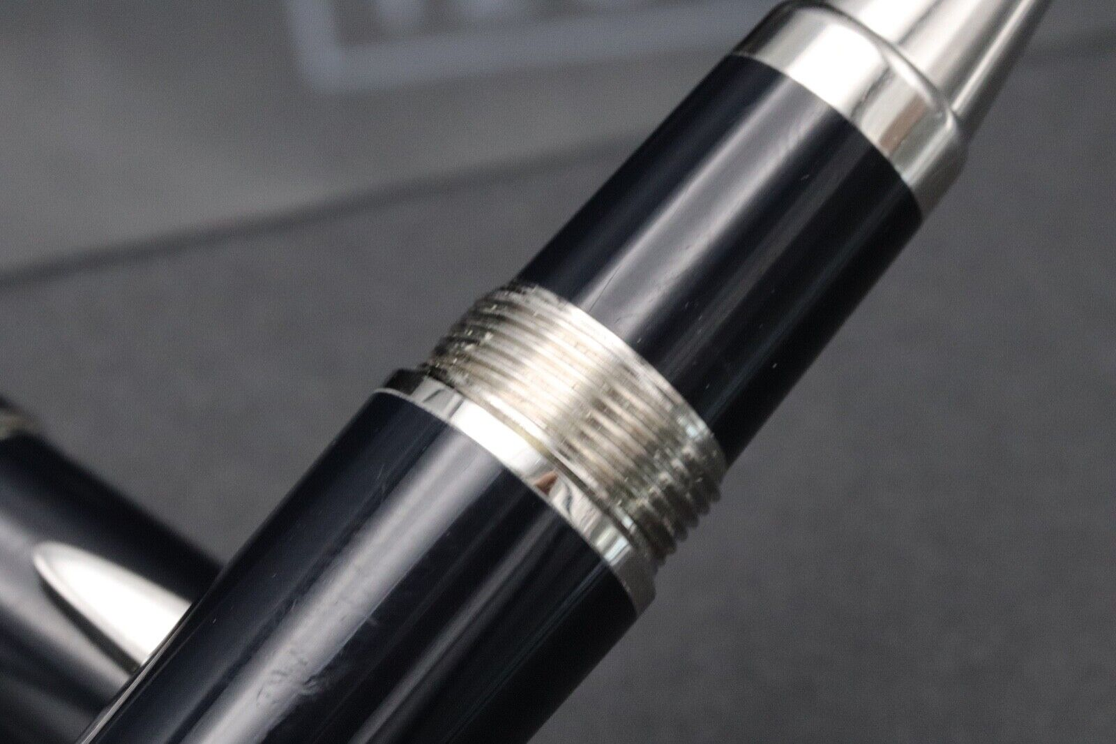Montblanc Great Characters JFK Blue Special Edition Rollerball Pen 2