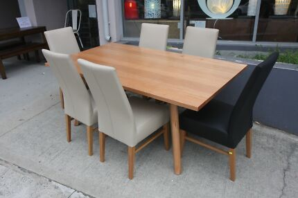 YANSEN VICTORIAN ASH DINING SETTING TABLE 6 LEATHER CHAIRS