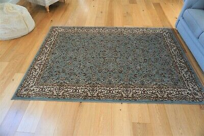 Large Traditional Oriental style Rug