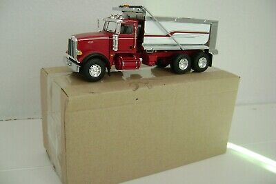 1/50 first Gear Peterbilt model 567 Dump Truck
