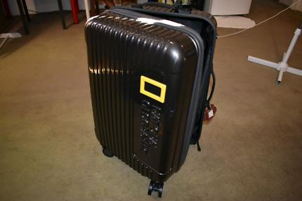"""☆SALE☆ 26"""" Suitcase $100"""