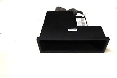 AUDI TT MK2 06-10 RHD IPOD DOCK FOR GLOVE BOX STORAGE COMPARTMENT 8E0857925D - Media Storage Pier
