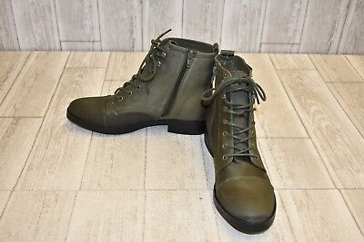 Girl Combat Boot (Madden Girl Fuze Combat Boot - Women's Size 8.5M -)