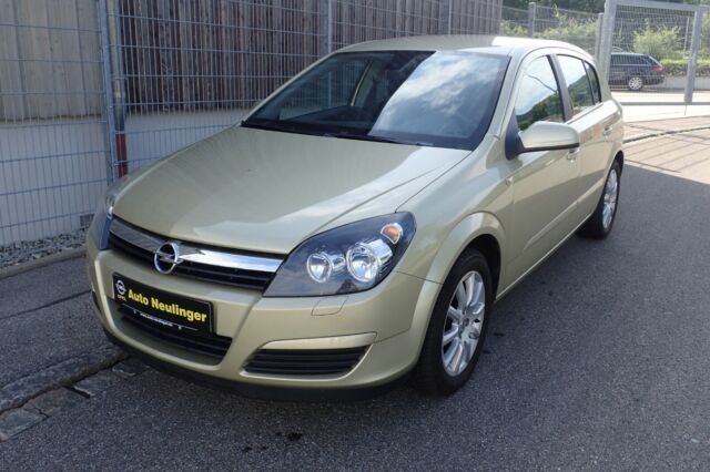 Opel Astra 1.6 Twinport Edition
