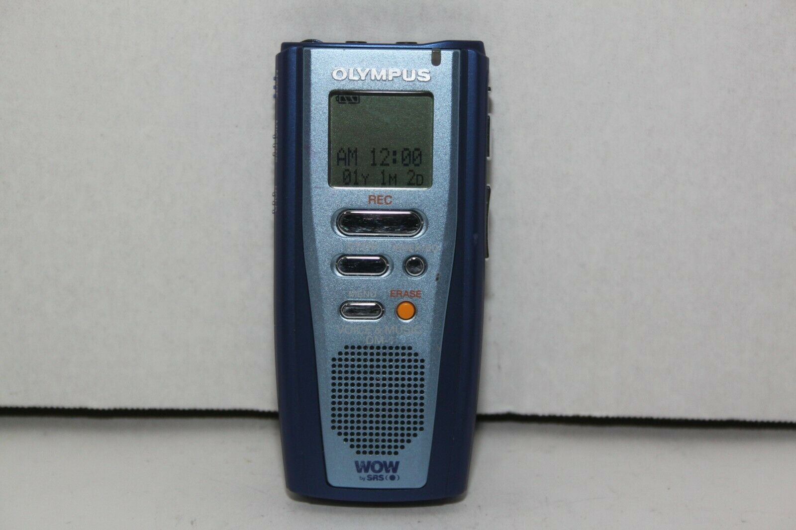 Olympus DM-10 (64 MB, 22 Hours) Handheld Digital Voice Recorder