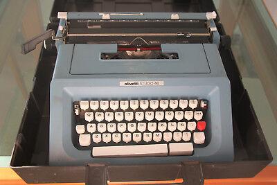 MAQUINA ESCRIBIR OLIVETTI STUDIO 46 1970's CON FUNDA RIGIDA 44x39x16