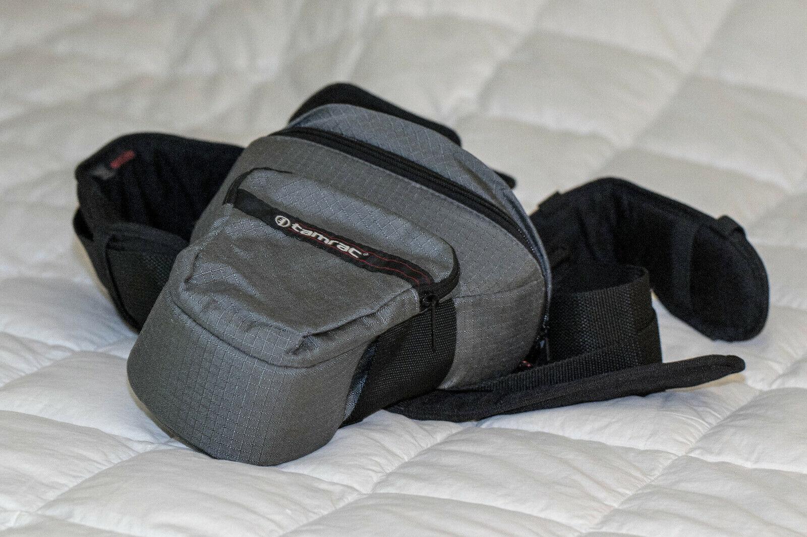 Tamrac Photographer s Belt INCL. Belt, Camera Case, And Filter Pouch - $5.00
