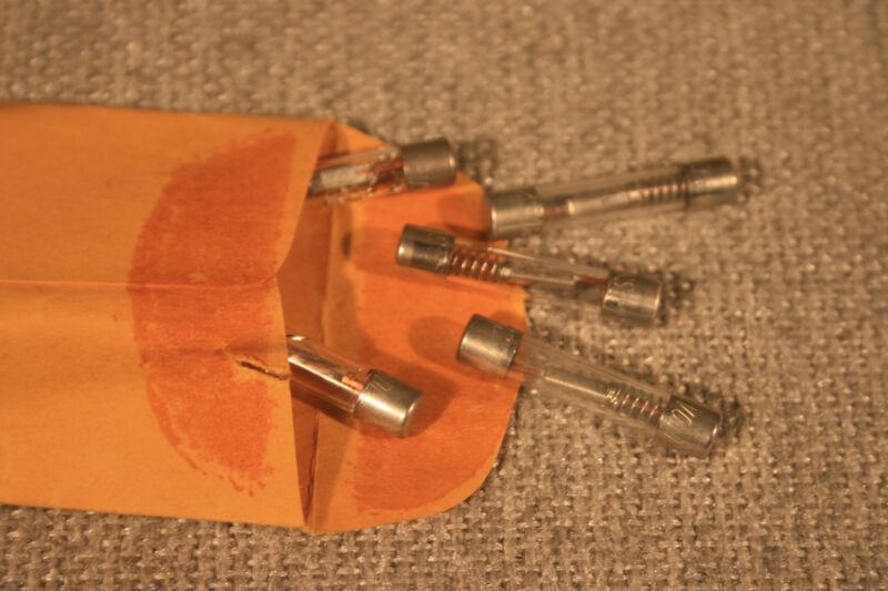 Cooper Bussmann MDL-25 Glass Cartridge Fuse 32V 25A Time Delay; 3AG; PKG of 5