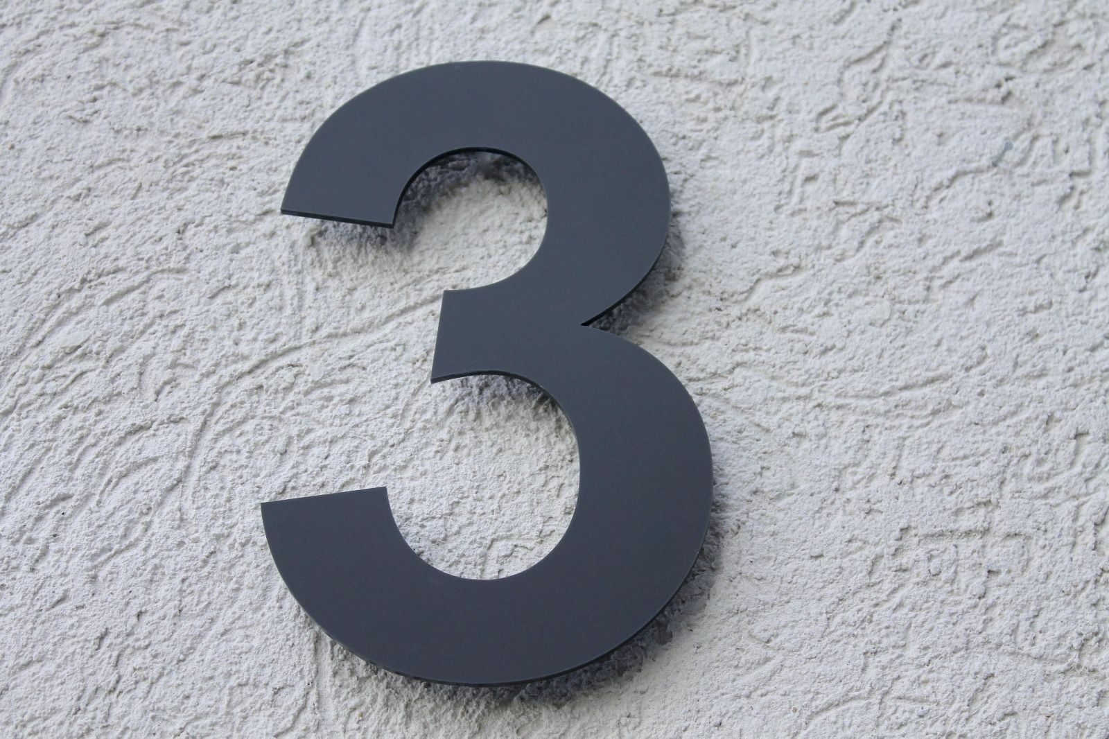 Hausnummer Anthrazit RAL: 7016 Acryl Satiniert - Türnummer Plexiglas