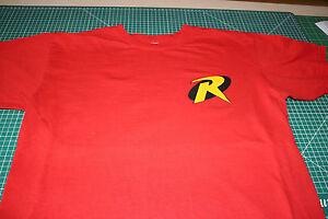 Robin T-Shirt (Batman and Robin) Red, Size Medium